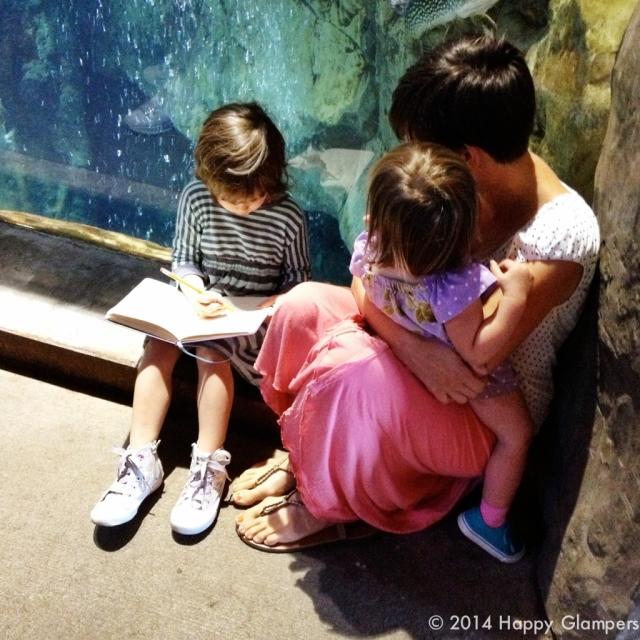 Children at Lake Superior Aquarium Duluth Minnesota